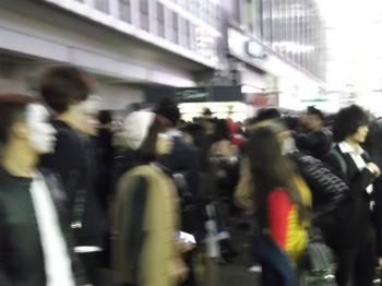 ハロウィン当日の渋谷.jpg